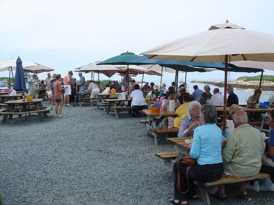 Sesuit Harbor Cafe at Northside Marina