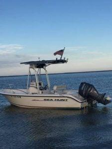 2004 Seahunt Triton